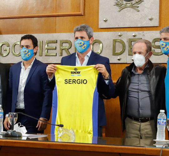 El plantel campeón de UPCN Vóley visitó al Gobernador Sergio Uñac